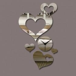 Moderné nástenné  hodiny srdce