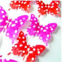 Štýlové 3D motýle na stenu - červené a ružové bodkované - 1 balenie obsahuje 12 ks