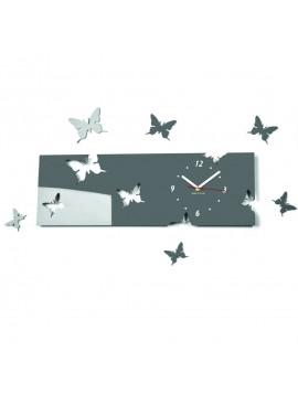 Nástenné hodiny motýl  Farba šedá. Rozmer  60 x 49 cm KLÁRA