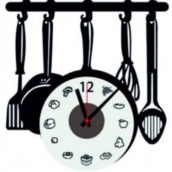 Nástene hodiny varešky čierne