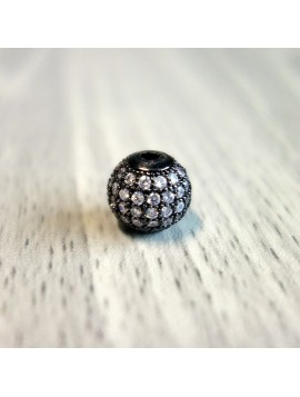 Kovová guľôčka so striebornými zirkónmi - čierna