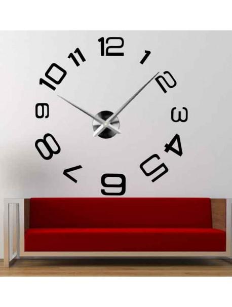Nástenné hodiny vyrobené z plastu - PELLO