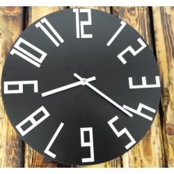 Drevené nástenné hodiny z HDF čierne biele čísla DODDO