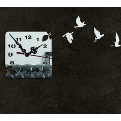 Moderné nástenné hodiny zlatá holubica , nálepka na stenu .