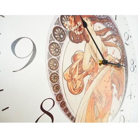 Nástenné hodiny krásna panna   MDF . Fi 30 cm