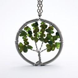 Prívesok z polodrahokamu - strom - olivín