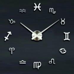 Veľké nástenné hodiny svieži vánok . Strieborné zrkadlové .