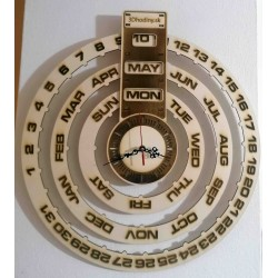 SENTOP Drevený kalendár + hodiny z dreva gravírované laserom JOGBEL II GB PR0161 topoľ