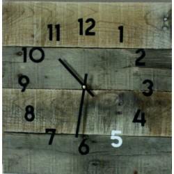 Drevené hodiny na chalupu šedá