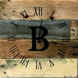 Drevené hodiny do domu z regenerovaného dreva nástenné.